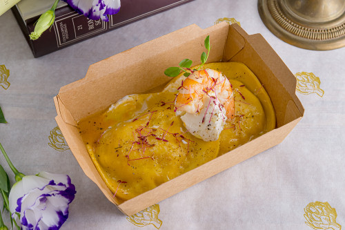 Равиолоне гранде со сливочными креветками и сыром маскарпоне