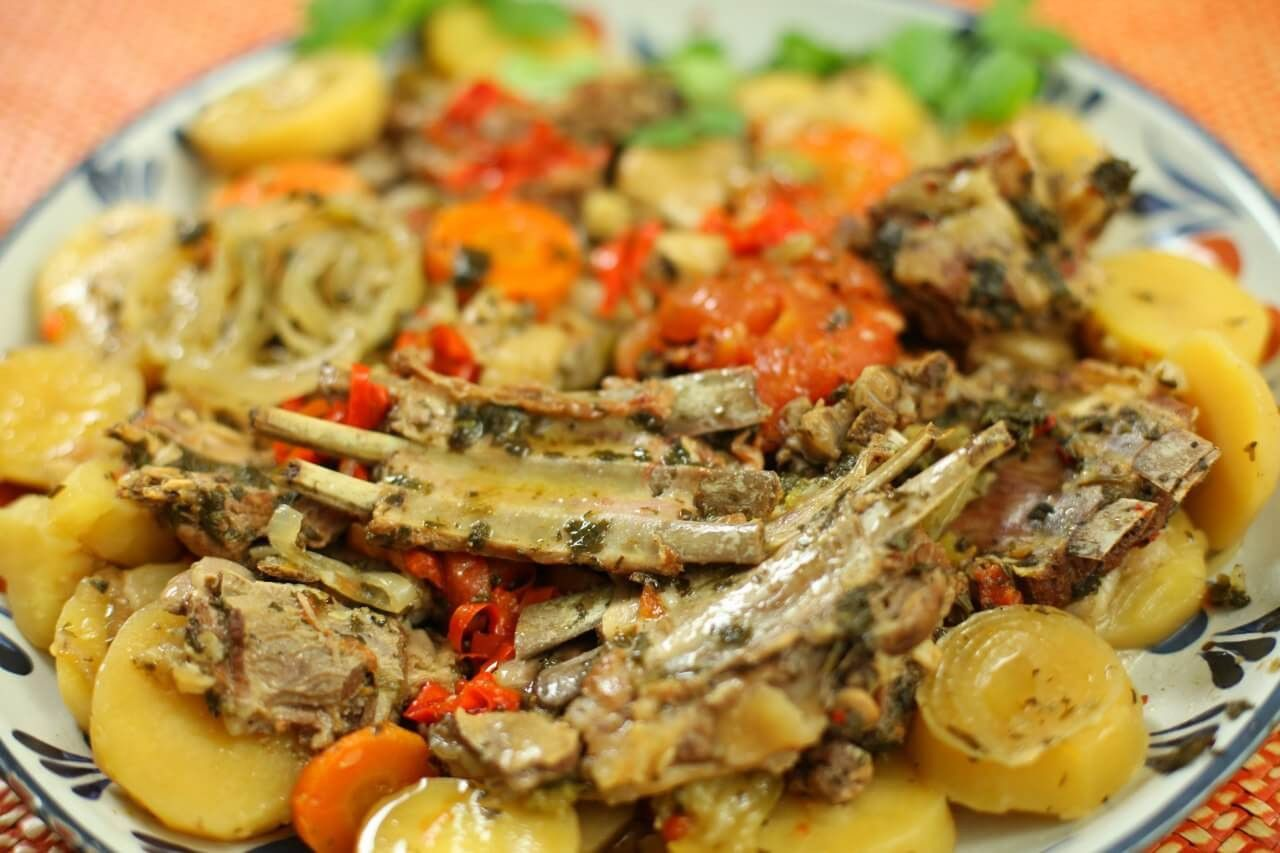 Lamb ribs with vegetables in the manner of Caucasian Ajapsandali