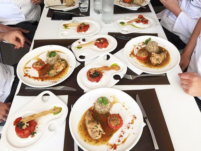 Еда для персонала